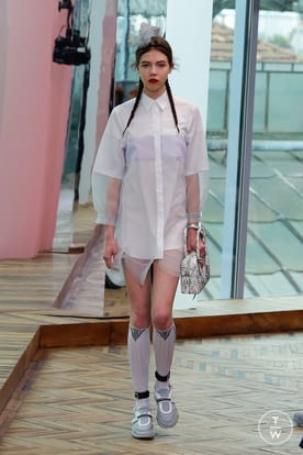 7_Prada_Resort_18.jpg