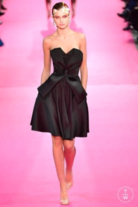 alexis_mabille_css19_0001.jpg