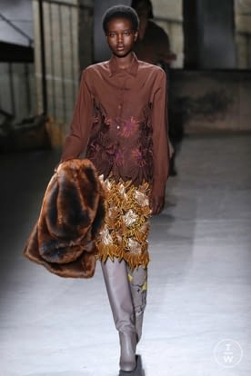 dries_van_noten_aw19_00047.jpg