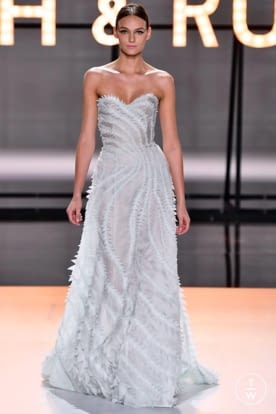 ralph_and_russo_css19_0028.jpg