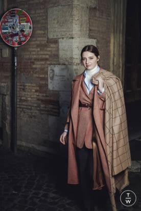 RBW PR - Giuliva Heritage Collection - AW19 - Lookbook Imagery (10).jpg