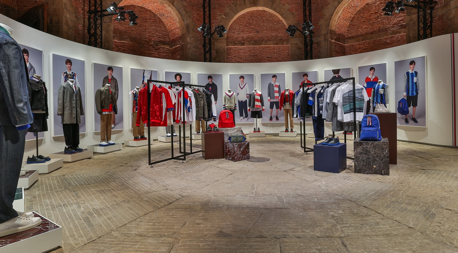 03. Hilfiger Edition Collection Set Up  SS18 Pitti.jpg