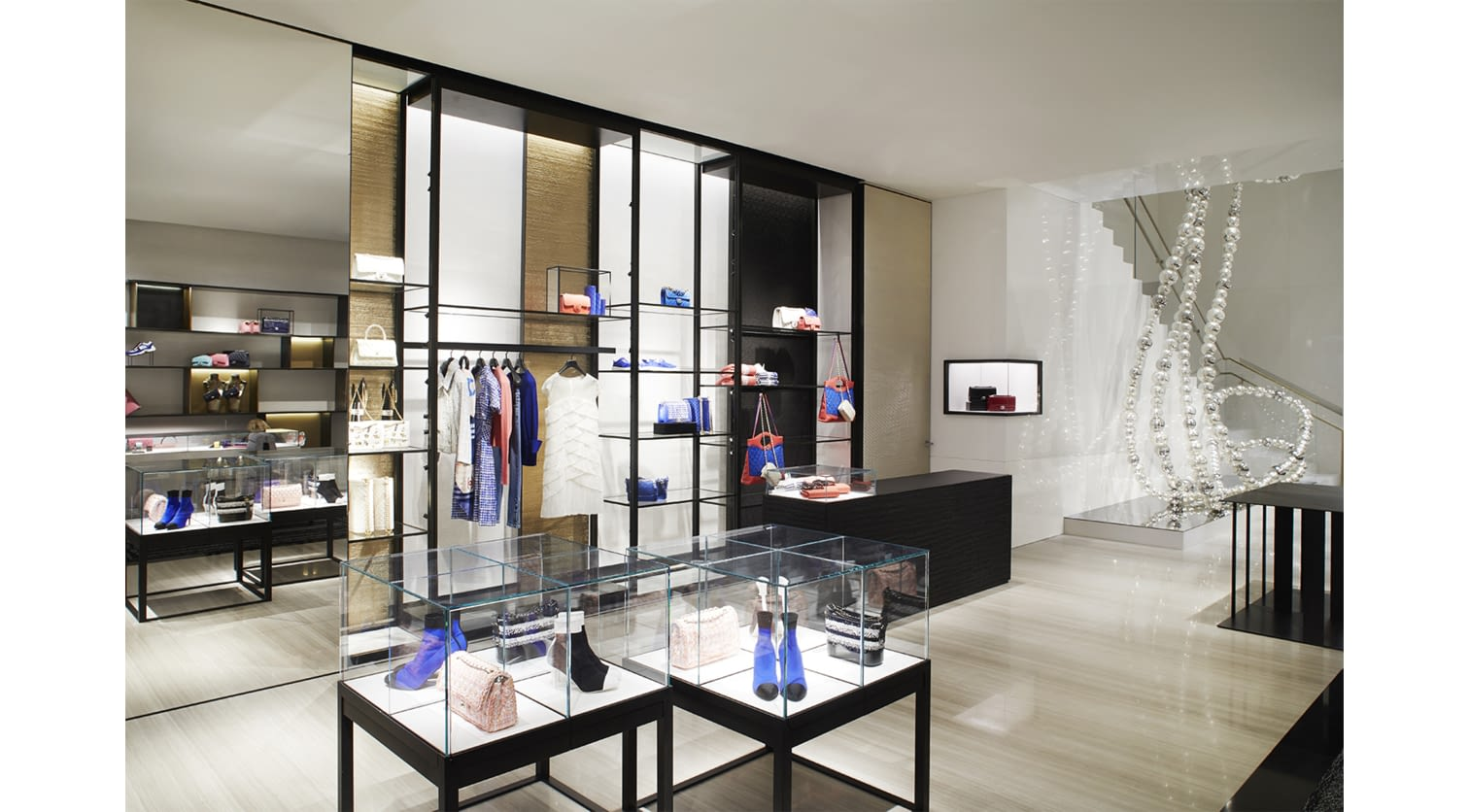 03_The_NYC_57th_street_flagship_reopening_pictures_by_Sam_Frost_LD.jpg