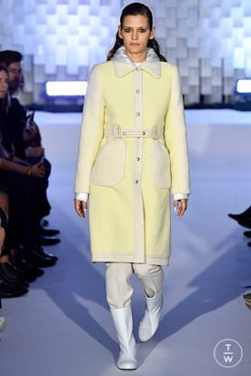 courreges_aw19_0005.jpg