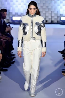 courreges_aw19_0007.jpg