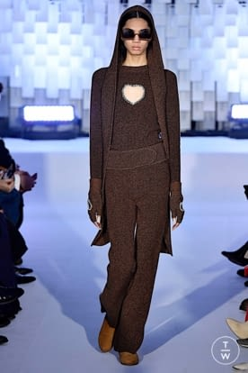 courreges_aw19_0018.jpg