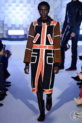 courreges_aw19_0022.jpg