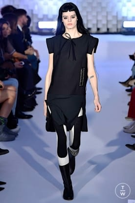 courreges_aw19_0027.jpg