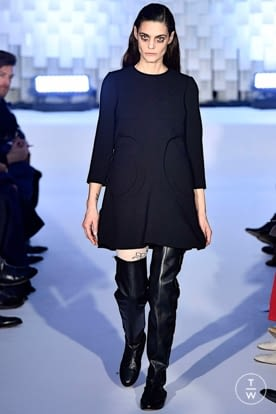 courreges_aw19_0033.jpg