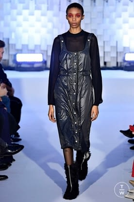 courreges_aw19_0037.jpg