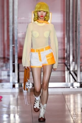 courreges_ss19_0018.jpg