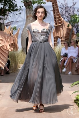 DIOR_Haute Couture AW2017-18_Looks (3).jpg