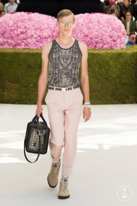 DIOR_MEN_SUMMER_2019_LOOKS © JEREMIE LECONTE20.jpg