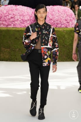 DIOR_MEN_SUMMER_2019_LOOKS © JEREMIE LECONTE39.jpg