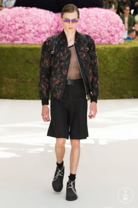 DIOR_MEN_SUMMER_2019_LOOKS © JEREMIE LECONTE43.jpg