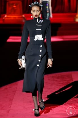 dolce_and_gabbana_aw19_0120.jpg