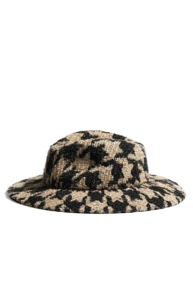 AA0431-X13124-K1972 Beige, black and silver hat in tweed and felt.jpg