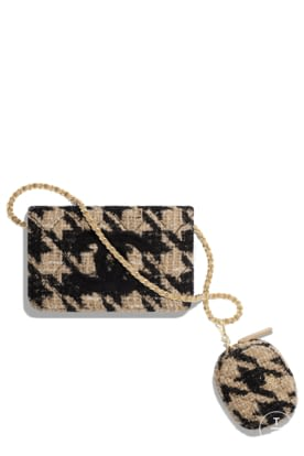 AP0883-B01393-N5268 Black and beige clutch in tweed and shearling.jpg