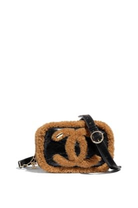 AS0406-B01575-N5275- Black and light brown waist bag in shiny crumpled leather and shearling.jpg