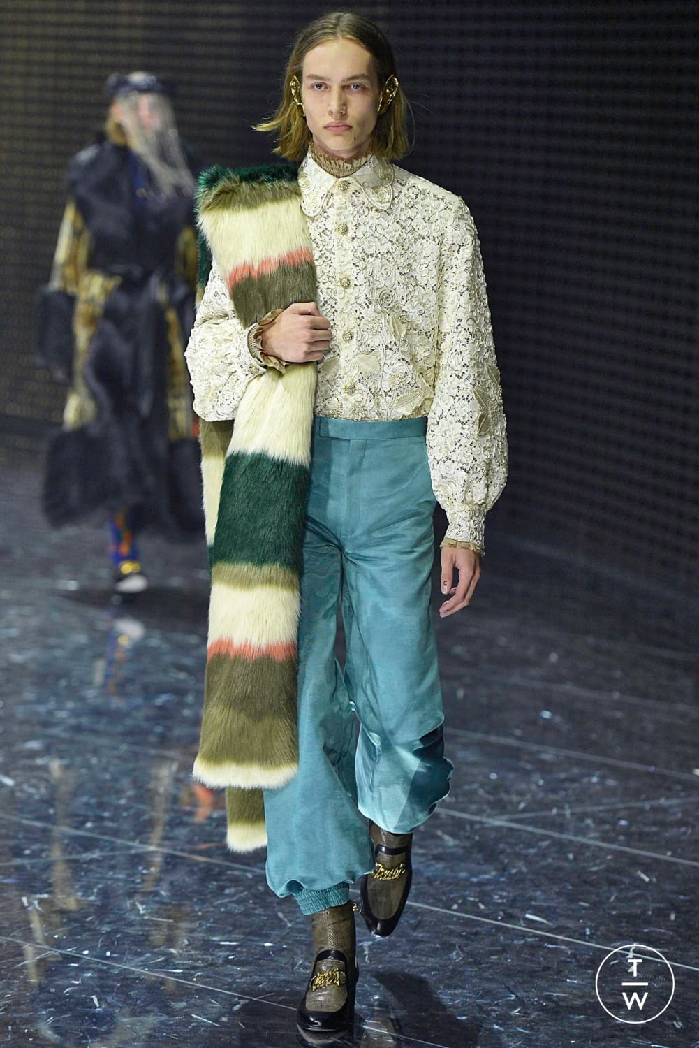 51f02bd88f7 Gucci Fall Winter 2019 Look 24. gucci aw19 0024.jpg