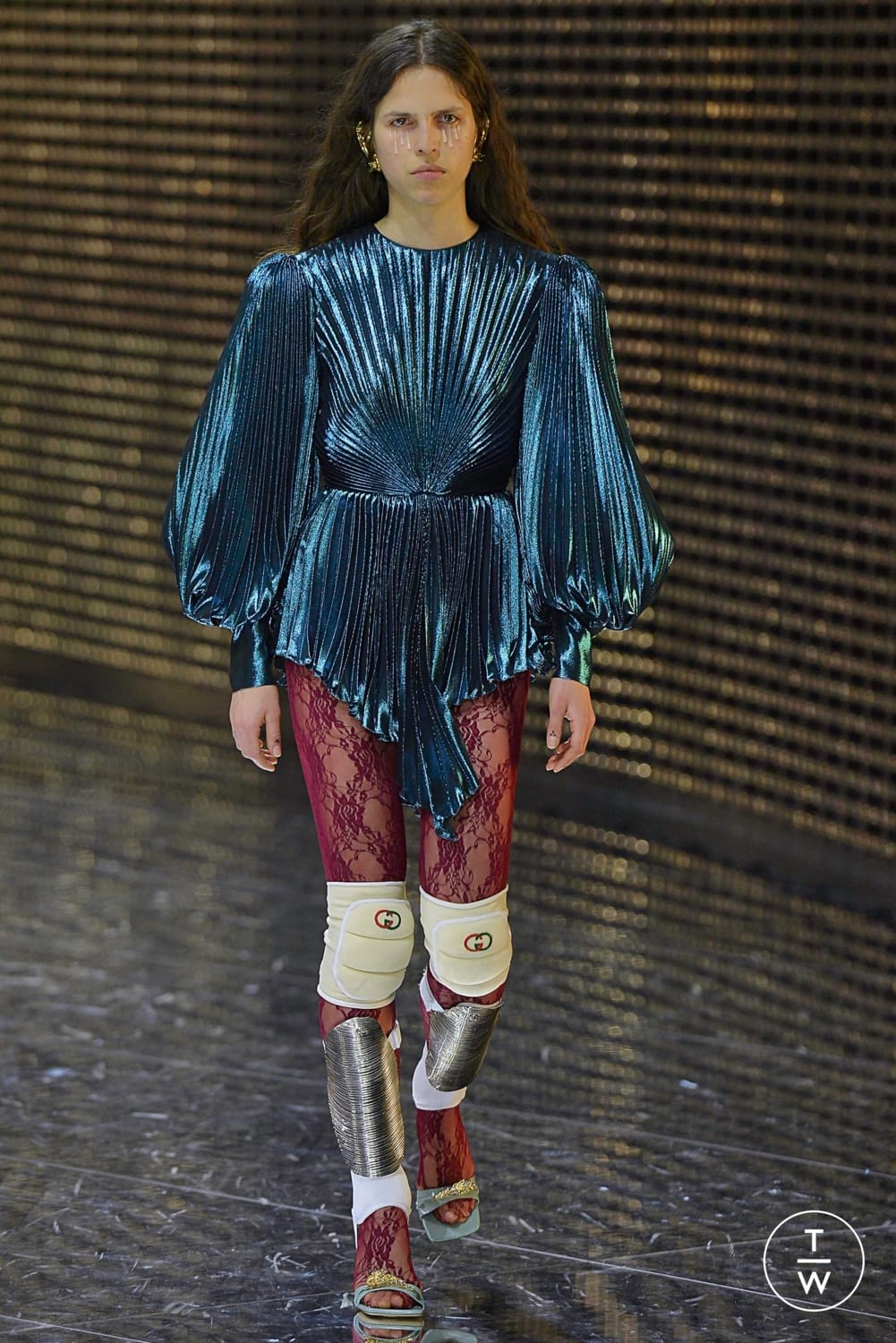 fcccb8336aa Gucci Fall Winter 2019 Look 77. gucci aw19 0077.jpg